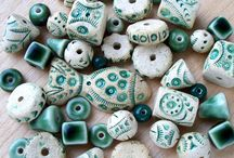 Koraliki cermiczne - ceramics beads / Koraliki wykonane z ceramiki i porcelany a także imitacje z glinki polimerowej.