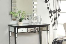 Contemporary Makeup Vanity Tables
