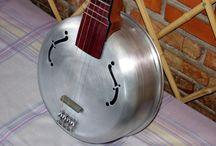 Strange ukulele