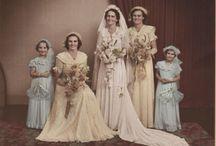 Brides & Weddings / by Janice Janiszewski