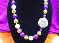 Washington Huskies / Find some of the cutest Washington gameday dresses, gameday jewelry, and gameday accessories to look gorgeous on gameday! Cheer on your Washington Huskies in style.