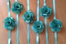 Corsages daminhas / Flor de 5 cm, confeccionamos na cor de sua preferência!