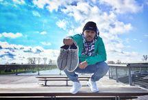 Sneakers Empire / Le meilleur des accessoires reste et restera la sneaker. Chaque jour, en fonction de son humeur et de sa tenue, en fonction des événement que ce soit grand jour ou jour traditionnel, la sneaker reste indémodable et pour certain une marque de respect ou d'admiration.  Je suis fière de faire parti de la famille des sneaker Addict.