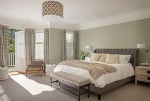 A perfect bedroom / by Debra Bible