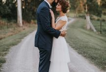 Wedding Hairstyles / Braids, buns, up-dos, and lots of curls. A board dedicated to the most gorgeous wedding hairstyles. Whether you're a bridesmaid, guest, or the lucky lady herself- find the best in wedding hair inspiration here.