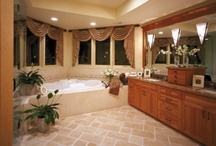 Traditional Bathroom Vanities / Traditional Bathroom Vanities, Bathrooms require sufficient amount of storage that doesn't eat up the bathroom space. This way there will be no items cluttering bathroom surfaces and you will be able to move about easily in the bathroom. Traditional bathroom vanities have this ample storage and are characterized by their medium size that can fit most bathrooms easily without acting as obstacles.