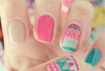 Diseños y todo sobre uñas