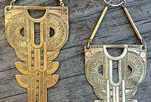〰️ Large-ish metal earrings 〰️