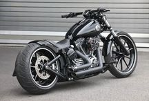 Low riders / Motorcycles