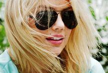 Women Colour Blond