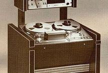 KlangMaschine / synthesizers, oscillators, vintage sound generators, electronic toys, my kraftwerk world..