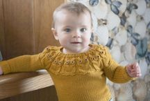 Children´s knitted pullovers