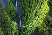 Beautiful Places / by Yolanda Bradshaw