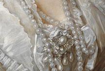 gioielli nell'Arte