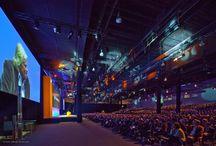 Conferencing / Eine ausgereifte AV-Technik und ihre qualifizierte Betreuung gewährleisten eine klare Akustik und gestochen scharfe Bilder bei Hauptversammlungen, Kongressen und Tagungen.