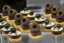 Center for Advanced Pastry Studies at ICE (CAPS @ ICE) / ICE's Center for Advanced Pastry Studies, led by Director Michelle Tampakis, offers an ongoing series of multi-day continuing education courses for working pastry and baking professionals, taught by visiting chefs and pastry artists from around the world.