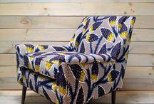 Fauteuil / Il se réinvente au fil des saisons et des tendances. Mais un fauteuil c'est quoi simplement ? Qu'il soit velours, vintage, contemporain, scandinave ou figuratif, vous trouverez le vôtre ! Notre article sur le fauteuil à découvrir: https://petale-de-carreaux.fr/notre-ami-le-fauteuil