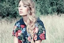 Hairstyles I Wanna Try ! / by Cassaundra Trudel
