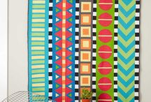 Quilts with Solids / Inspiration for using solid fabrics in your quilts