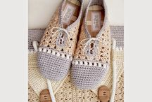 CROCHET SLIPPERS AND BAG