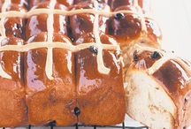 donnas hot cross buns