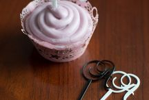 Cupcake Toppers & Wrappers