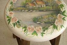Kis asztalka