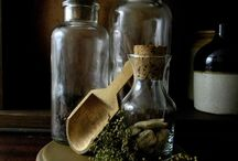 APOTHECARIES / Storage for smalls
