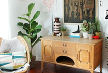 Travel Eclectic / This trend is all about creating a cheerful and bright aesthetic. An eclectic mix of belongings from a range of countries and cultures will add charm and a sense of adventure to your interior...
