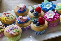 Cupcakes / Trots op je cupcake? Maak een foto en mail deze naar actie@janlinders.nl. Wij zetten hem dan op ons bord 'Cupcakes' op Pinterest.