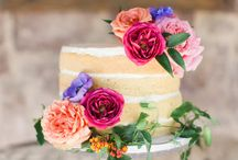 Edible Flowers + Floral Eats / Whether you're seeking floral wedding cake inspiration or just fancy flower-shaped foods (hello, rose-shaped tarts & pies!), find the recipes and ideas here.
