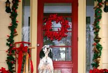 Christmas Decorating / We love new and inspiring ideas for the Christmas season! here are some of our favorites!