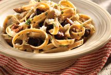 Healthy Pasta Recipes / Pasta doesn't have to be unhealthy. These healthy pasta recipes are filing and good for you. / by Clean Eating