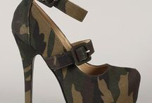 Gifts for Camouflage Addicts / Camouflage everything for Holiday gift giving.