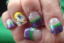 nails / by Lauren scanga