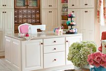 Sewing Rooms/Craft Rooms / by Roberta Preston