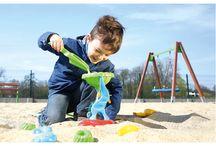 Zabawy w piasku / Inspiracje, jak kreatywnie i wesoło spędzić czas na plaży i w piaskownicy