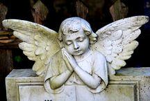 Te dzieci, które śpiewają w kamieniu / Stone Babies from other side are waiting for you to come into heaven