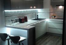 Meble kuchenne szczecin / Zestaw mebli kuchennych, akryl w połysku, uchwyt UKW-7