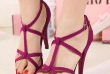 Stylish sandals / There are numerous stylish sandals are available at Fashion71. Not only from magazine, now from here, you can also find what you want.