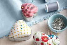 Valentine's Day Crafts / Crafts for Valentine's day - think hearts, flowers, and lots of red and pink!