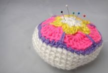Pincushions / by Curlicue Creations