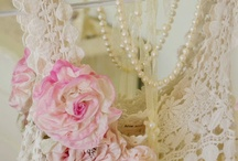 MY STYLE: Vintage; Lace; Pearls