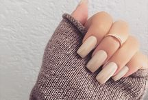 NAILS & ACCESORIES.