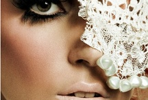 Make up / by Maru Torres