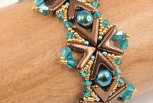 Beading - 3Hole AVA Beads