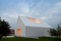 Architecture / by Benoit Vliegen