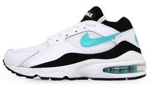NIKE AIR MAX 93 MENTHOL RETRO RUNNING SHOE 306551-103 Size: 8.5, 10 US