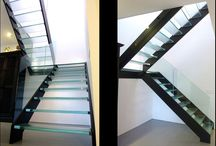 ThinkGlass Amazing Glass Treads, Staircase and Floor / Glass treads and floor with innovative polished edge treatment.