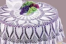 Tablecloths and table toppers